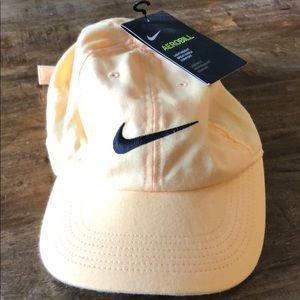 NIKE AEROBILL Dri-Fit HAT | C: Peach/ Yellow